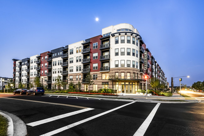 The Edition, Apartment Building in Hyattsville MD